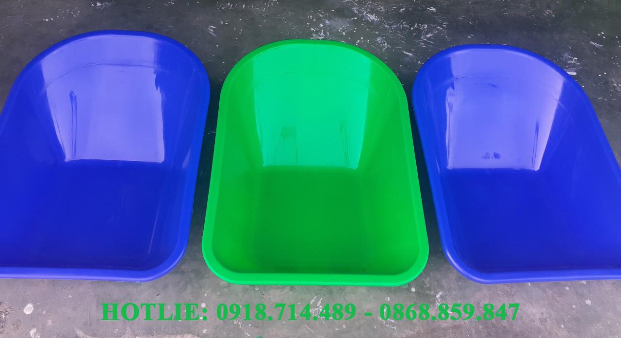 Thùng nhựa xe rùa