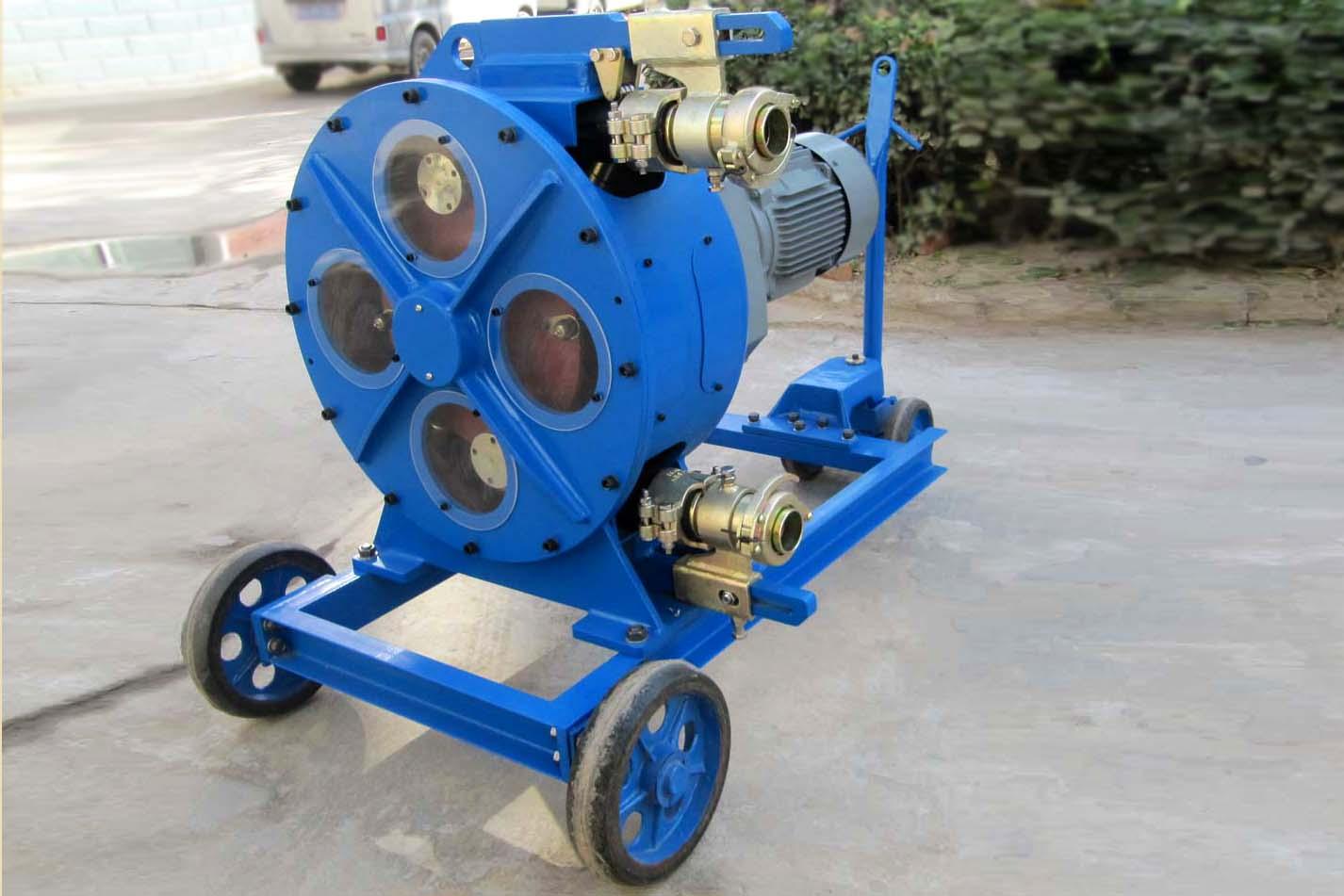 Máy bơm bê tông chuyên dụng trong sản xuất bê tông nhẹ