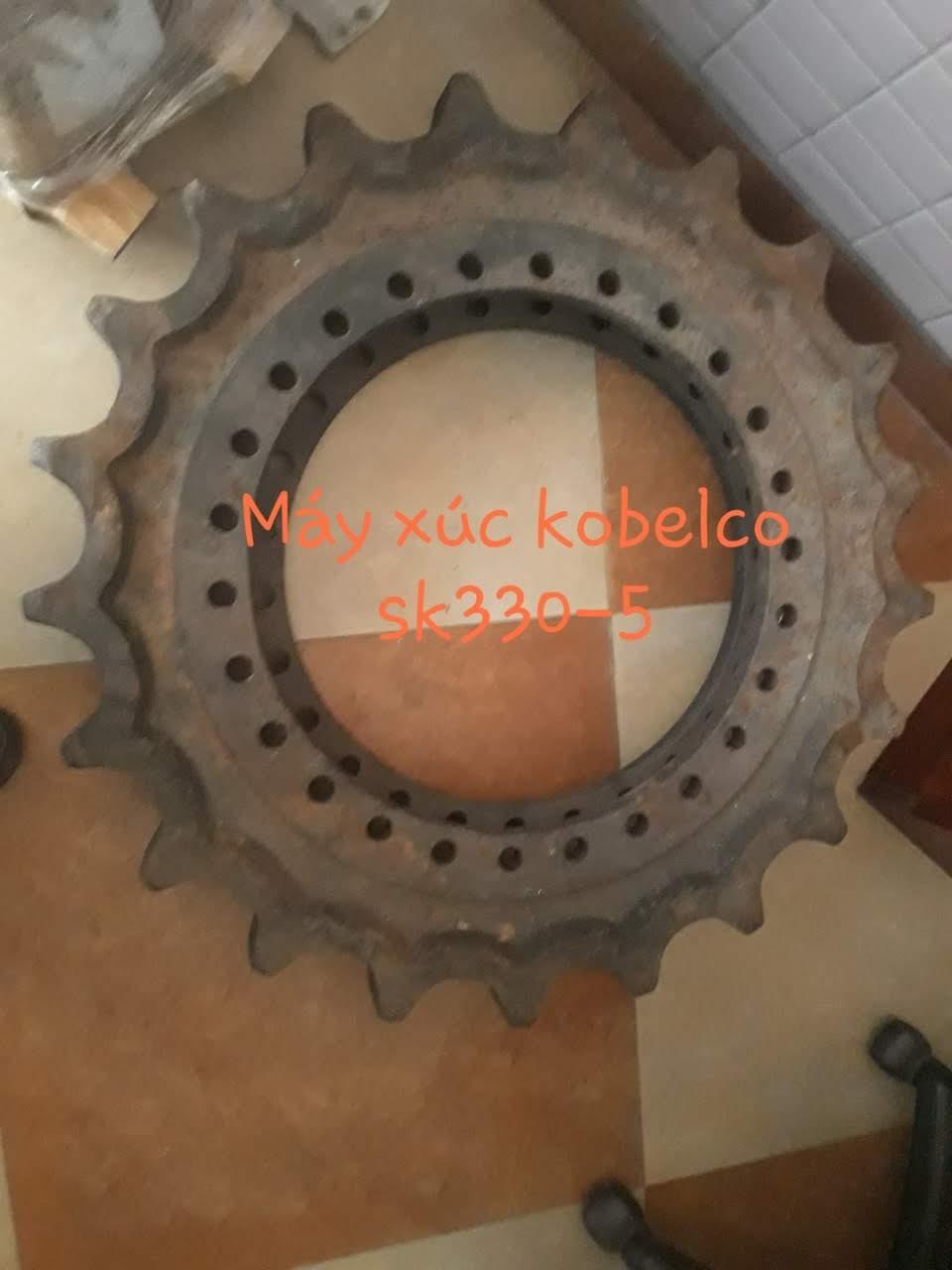 Bánh răng xích Kobelco SK330-5
