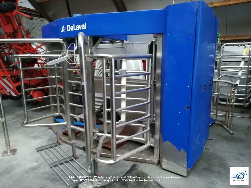 Robot vắt sữa DeLaval VMS 2009