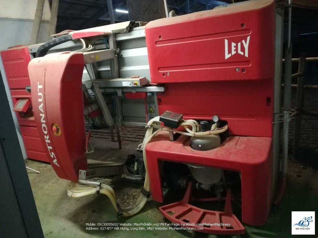 Robot vắt sữa bò Lely Astronaut A3