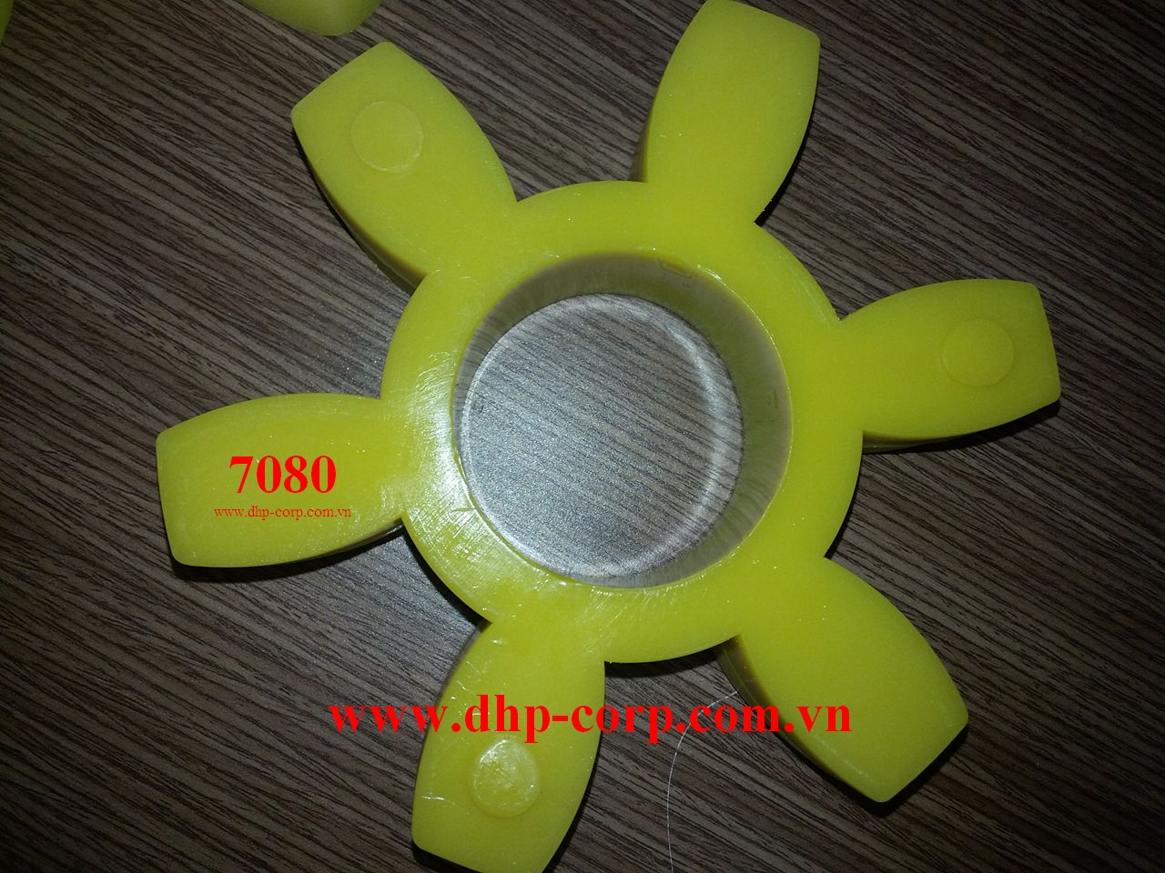 Vòng đệm cao su giảm chấn CR 7080- JAC Couplings